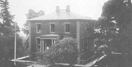 Barrack's Offices c. 1915